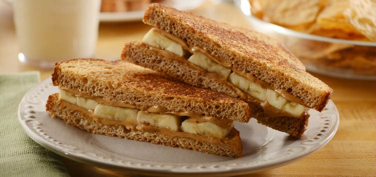 what to eat when breastfeeding. Healthy snack. Banana peanut butter sandwich